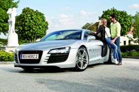 Romantik, Genuss & Power AUDI R8 430 PS